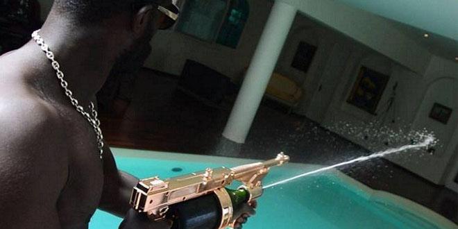 imagealaune-champagne-gun-mitraillete-a-champagne